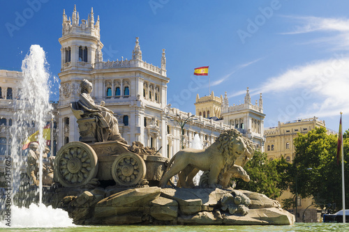 In de dag Madrid Cibeles Fountain - a fountain in the square of the same name in