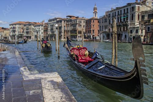 Türaufkleber Gondeln Gondolas on the Grand Canal in Venice