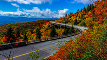 Linn Cove Viaduct On The Blue Ridge Parkway, North Carolina