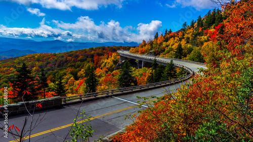 Fotografia Linn Cove Viaduct on the Blue Ridge Parkway, North Carolina