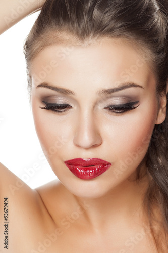 Photo  beautifully made-up female face