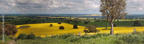 Spoed Foto op Canvas Donkergrijs Rural farmlands panorama