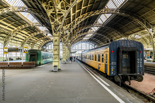 Tuinposter Treinstation Train platforms at the Vitebsk railway station.Saint-Petersburg.