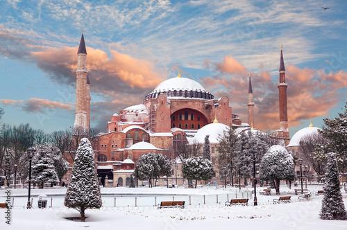 Photo  Hagia Sophia in winter