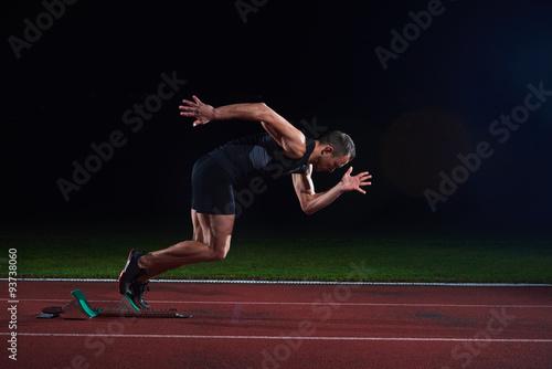 Fotografía  Sprinter leaving starting blocks