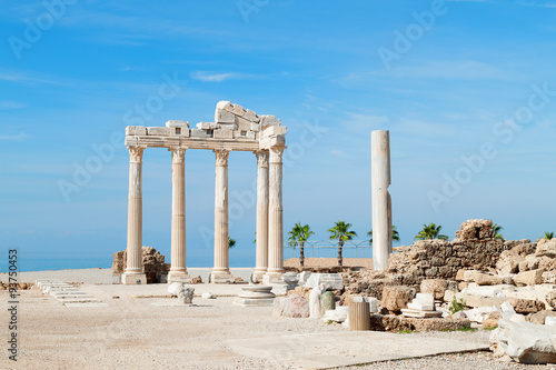 Poster Turquie Temple of Apollo ancient ruins, Turkey.