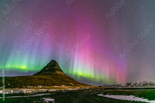 La pose en embrasure Aurore polaire Northern Light Aurora Iceland