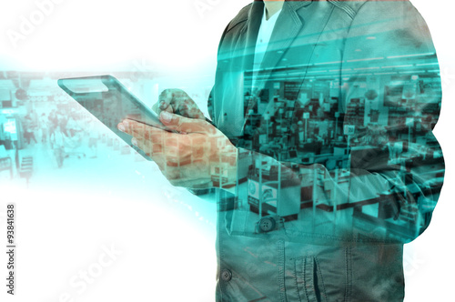 Fotografía  Double exposure of BusinessMan and Retail Superstore with Tablet