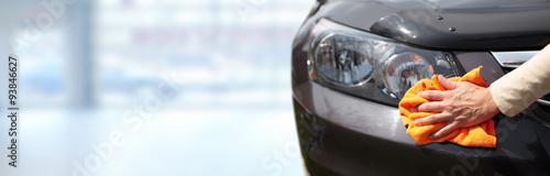 Obraz Car with wax and polish cloth. - fototapety do salonu