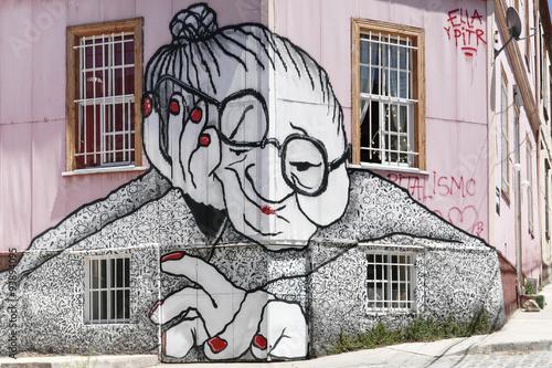 graffiti old woman facade valparaiso © mezzotint_fotolia