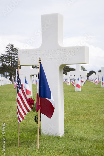 Poster  US cemetery cross for an unknown soldier