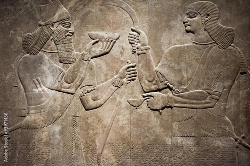 Fotografia  Ancient Babylonia and Assyria bas relief