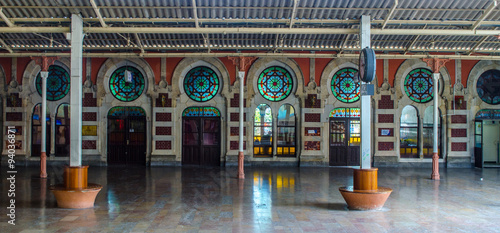Interior of Istanbul sirkeci train station. Canvas-taulu
