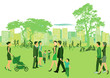 Sommer im Park mit Menschen die Spazierengehen