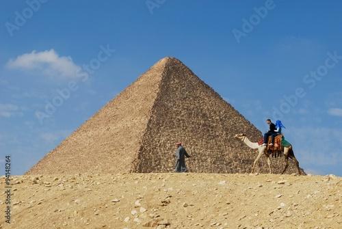 In de dag Egypte Egypt - Pyramid and camel