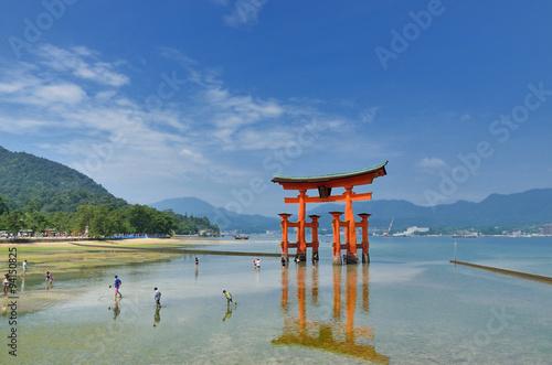 Foto op Canvas Japan 宮島 厳島神社の大鳥居