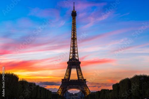 Eiffel Tower at sunset in Paris Wallpaper Mural