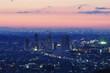 夜明け前の市街地