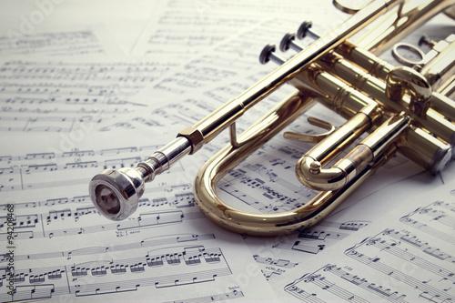 Fotografija Trumpet on sheet music