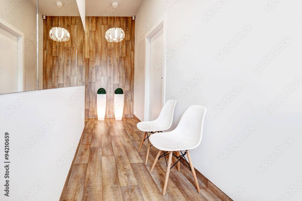 Moderne wartezimmer rezeption. cozy minimalistische interieur foto
