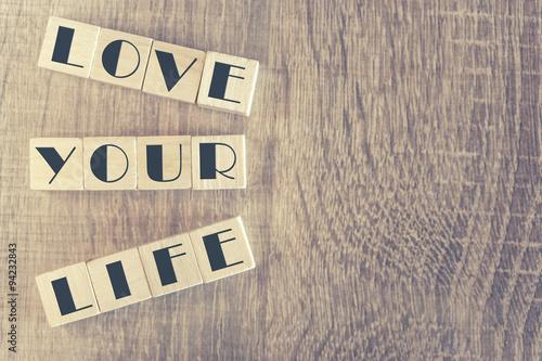 Fotografie, Obraz  Dřevěné dopis kostky tvořící lásce svůj život zprávy