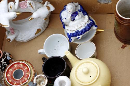 Foto op Aluminium Picknick porcelain figurines flea market