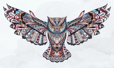 FototapetaPatterned owl on the grunge watercolor background. African / indian / totem / tattoo design. It may be used for design of a t-shirt, bag, postcard, a poster and so on.