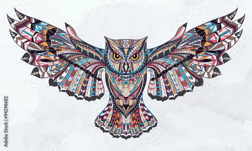 In de dag Uilen cartoon Patterned owl on the grunge watercolor background. African / indian / totem / tattoo design. It may be used for design of a t-shirt, bag, postcard, a poster and so on.