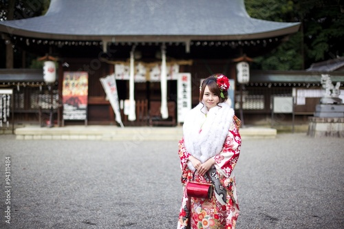 La pose en embrasure Lieu connus d Asie 着物姿の女性