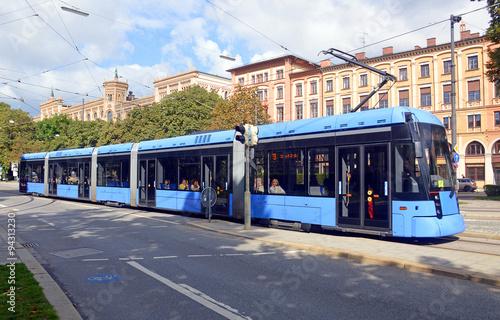 Трамвай на улице Мюнхена, Германия