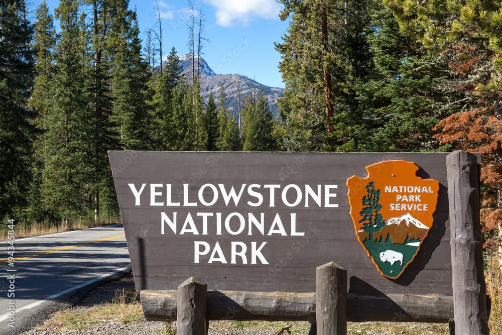 Fotografia Yellowstone national park entrance sign