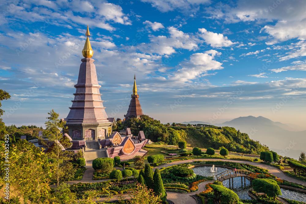 Fototapety, obrazy: Sunset at Doi Inthanon - Chiang mai Thailand