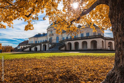Montage in der Fensternische Schloss Schloss Solitude Stuttgart Germany