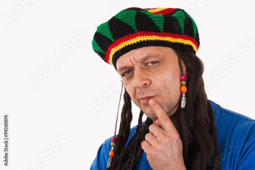 Fotografie, Obraz  Šílený muž s dredy paruka izolované