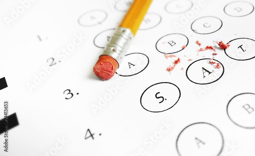 Cuadros en Lienzo SAT multiple choice exam