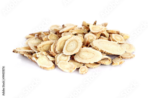 Photo Chinese Herbal medicine - Astragalus slices, Huang Qi (Astragalus propinquus) on