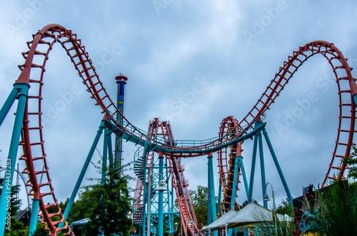 Zdjęcie XXL szalone przejażdżki rollercoaster w parku rozrywki
