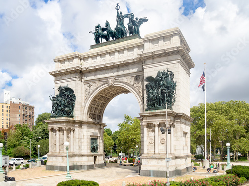 Photo Stands New York Triumphal Arch at the Grand Army Plaza in Brooklyn, New York
