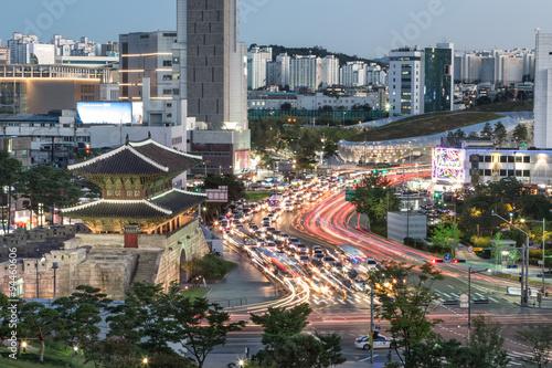 Zdjęcie XXL Brama Heunginjimun w Seulu