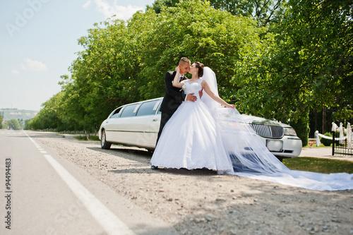 Photographie  Mariage couple de fond limousine