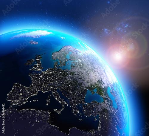 Zdjęcie XXL Światła miasta w Europie widziane z kosmosu / Elementy tego zdjęcia dostarczone przez NASA.