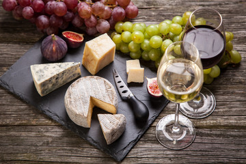 Fototapeta Wine and cheese