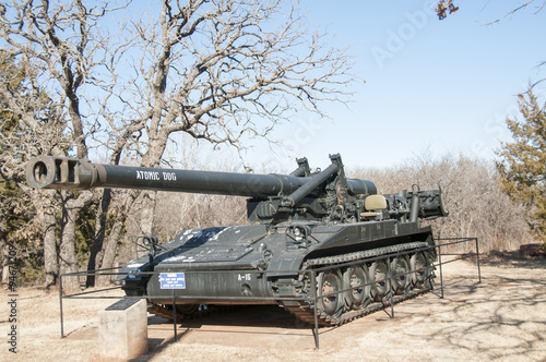 Photographie  tank outside of the oklahoma 45th museum in oklahoma
