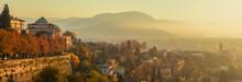 Panorama Di Bergamo Dalle Mura Di Città Alta