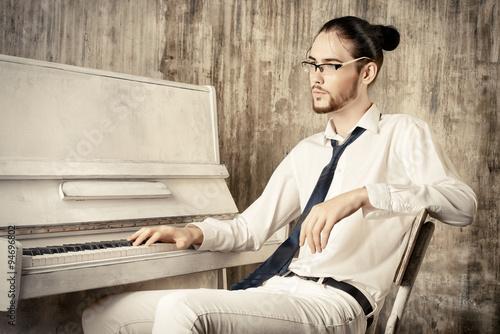 Fotografie, Obraz  male pianist