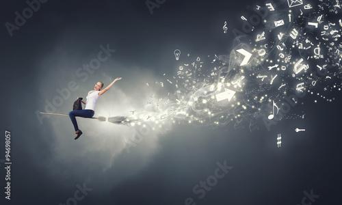 Fotografía  Girl fly on broom