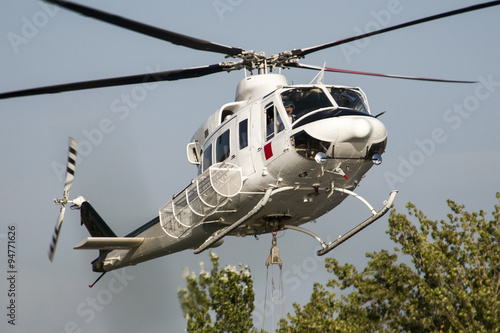 Fotografija  Bell 205