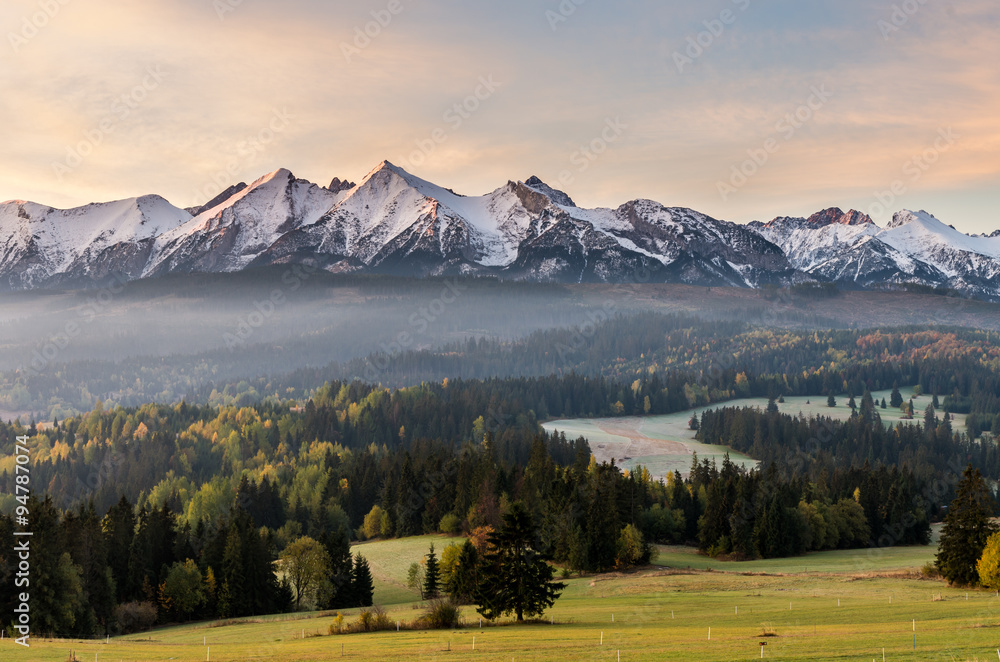Fototapety, obrazy: Morning panorama of Tatra Mountains in autumn, Poland