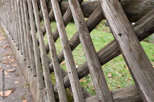 Zaun Aus Holz Eines Garten Buy This Stock Photo And Explore