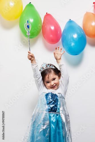 Bambina principessa Wallpaper Mural